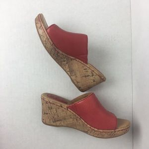 b.o.c. Born Concept Red Wedge Heel Sandra Sz 7